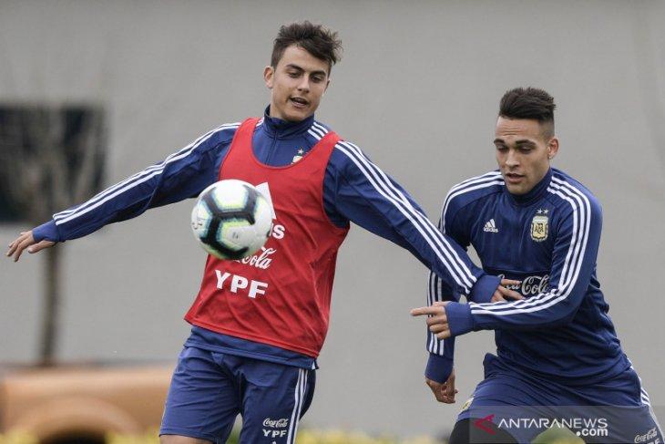 Paulo Dybala dan Martinez jadi pemain inti saat Argentina hadapi Jerman