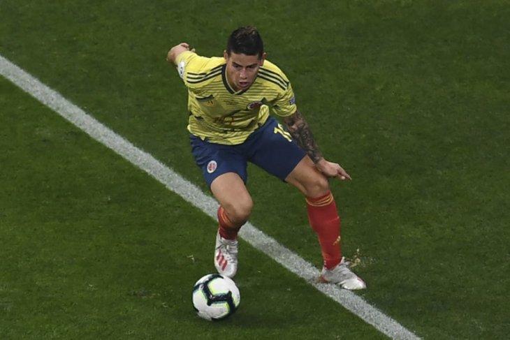 Jelang laga persahabatan, James dan Falcao absen bela Kolombia lawan Chile