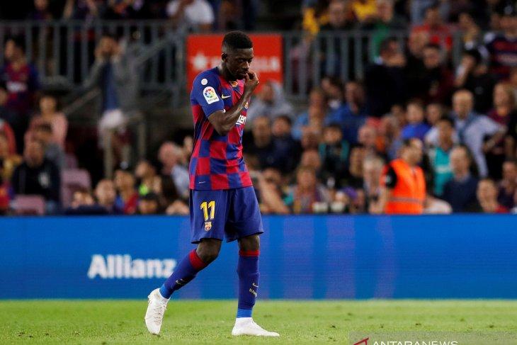 Menghina wasit, Ousmane Dembele dipastikan absen pada El Clasico