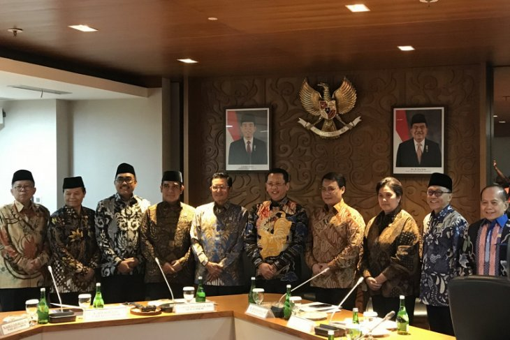 RI,  S''pore to follow up cooperation to develop industrial zone
