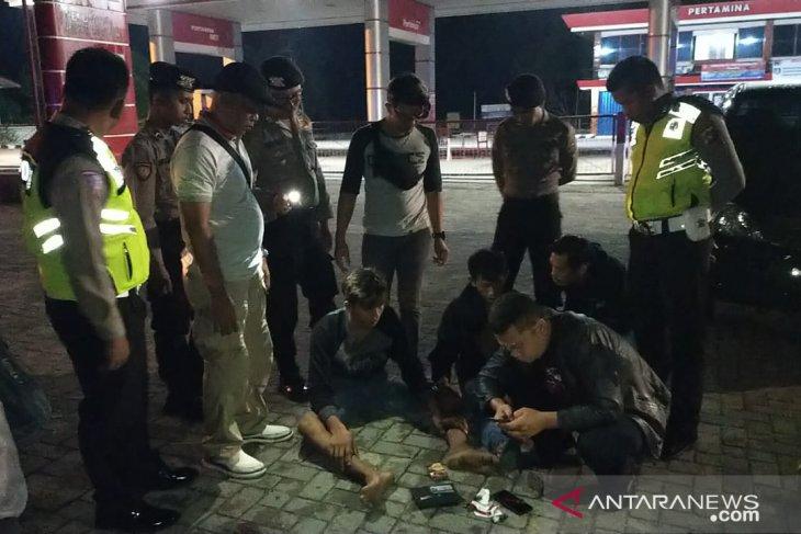 Polres Bangka Barat ringkus tiga pengguna sabu-sabu