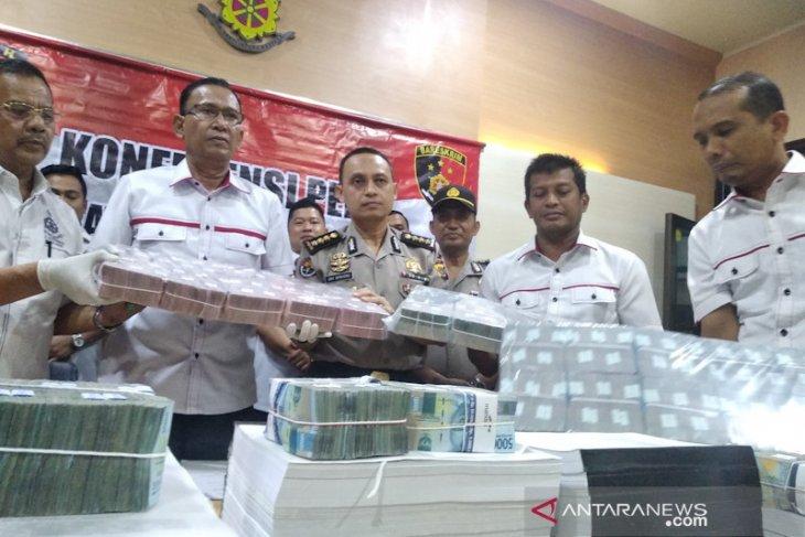 Mantan Kadis di Bener Meriah jadi tersangka korupsi  Rp16,5 miliar