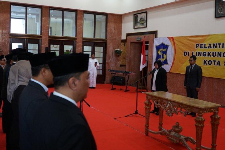 Wali Kota Risma lantik 82 pejabat Pemkot Surabaya