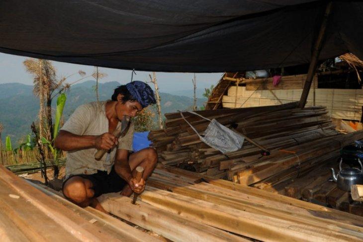 Warga Badui korban kebakaran kembali bangun rumah