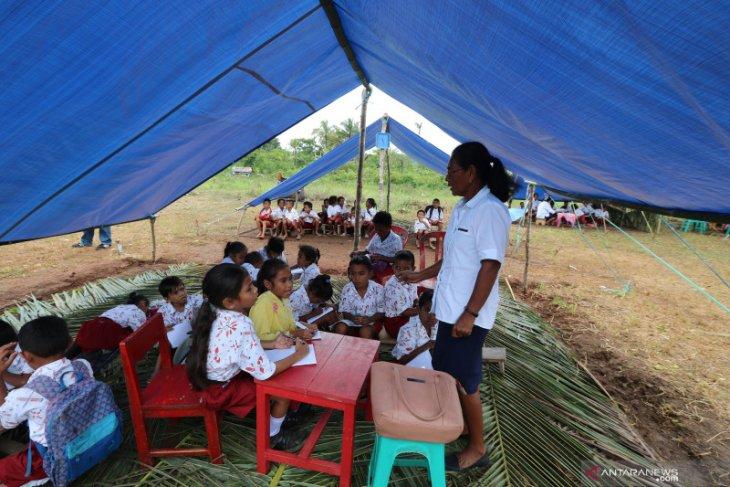 Polda Maluku kembali  salurkan bantuan  untuk korban gempa