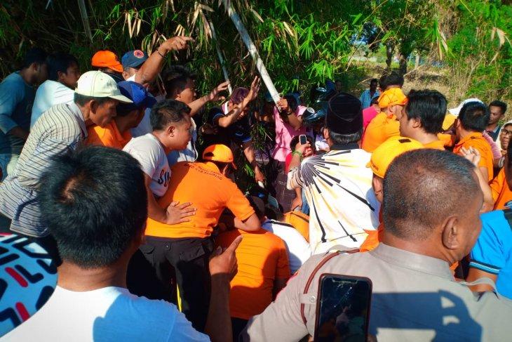 Penyelamatan balita tercebur sumur di Sampang berlangsung dramatis