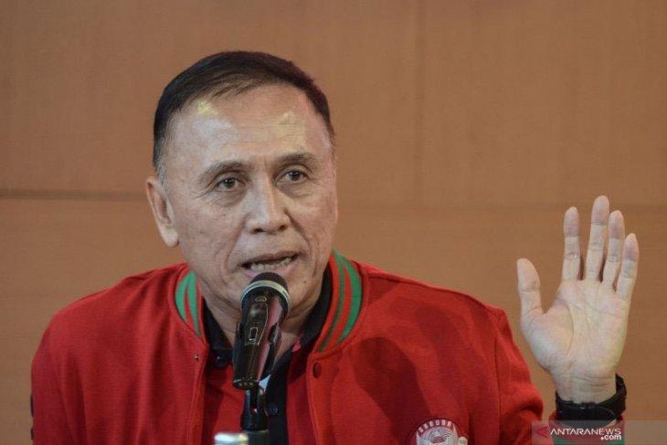 Mochamad Iriawan, polisi bintang tiga siap wakafkan diri di PSSI