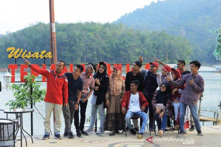 """Pesona Dermaga Tepian Mahligai di Kampar bak """"Romansa Bali"""""""