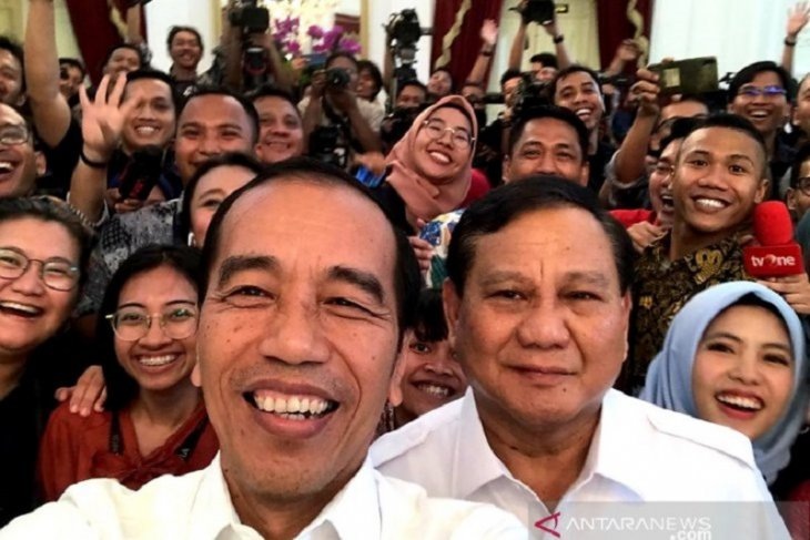 Jokowi, Prabowo project reconciliation message to strengthen Indonesia