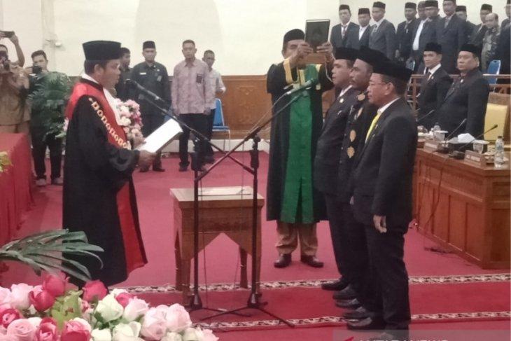 Sah, ini dia nama Ketua dan Wakil Ketua DPRK Aceh Barat