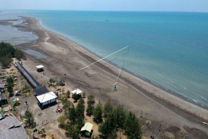 Pantai wisata pulau Cemara
