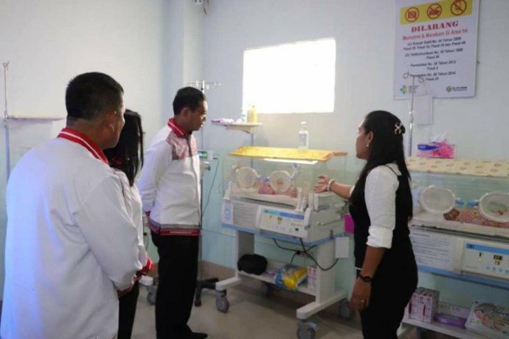Pemkab Simalungun tanggung biaya perobatan bayi kembar tiga prematur
