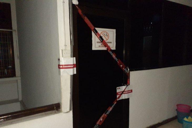 KPK juga segel sejumlah ruangan Dinas PU  Medan