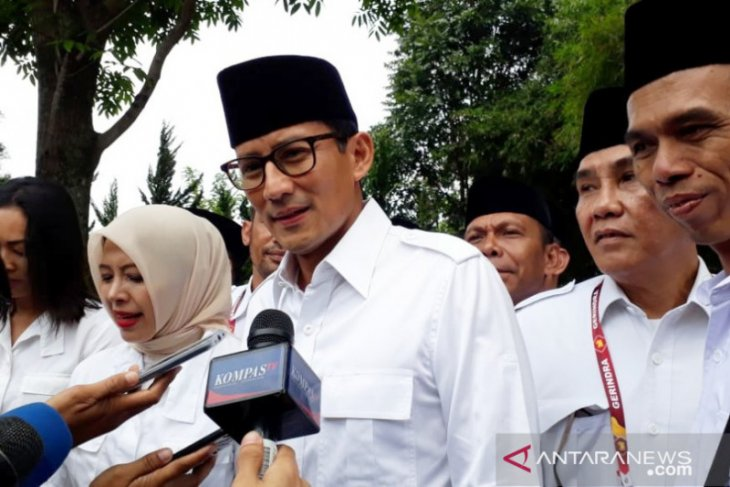 Sandiaga Uno joins Gerindra Party's national meeting