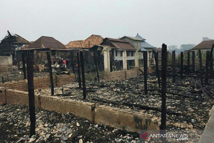 Rumah orang tua Kapolri ikut hangus saat kebakaran hebat di Palembang