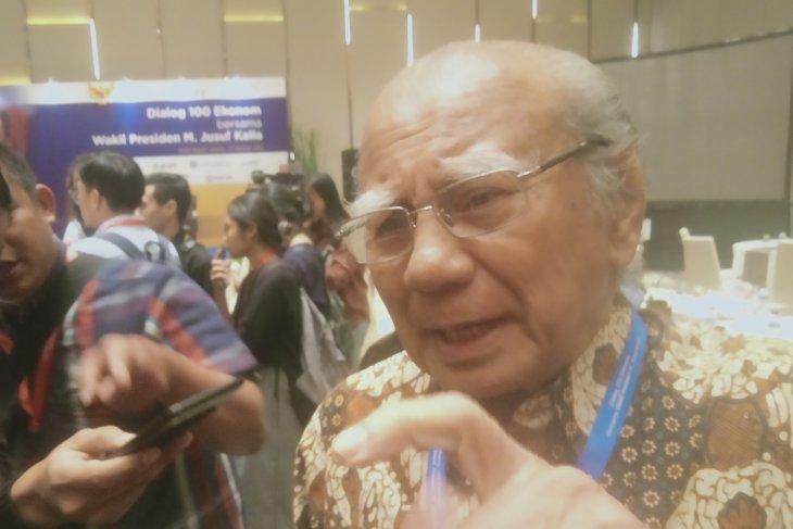 Ekonom senior  Emil Salim nilai fokus Presiden bangun SDM adalah tepat