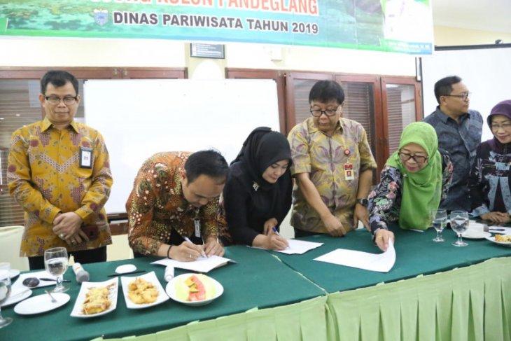 Tinggal selangkah Ujung Kulon menuju  Geopark Nasional
