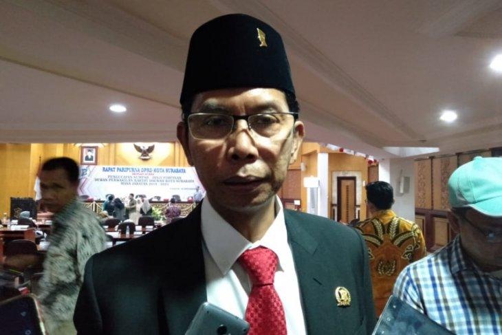 Honor RT-RW-LPMK di Surabaya mulai 2020 naik Rp100 ribu