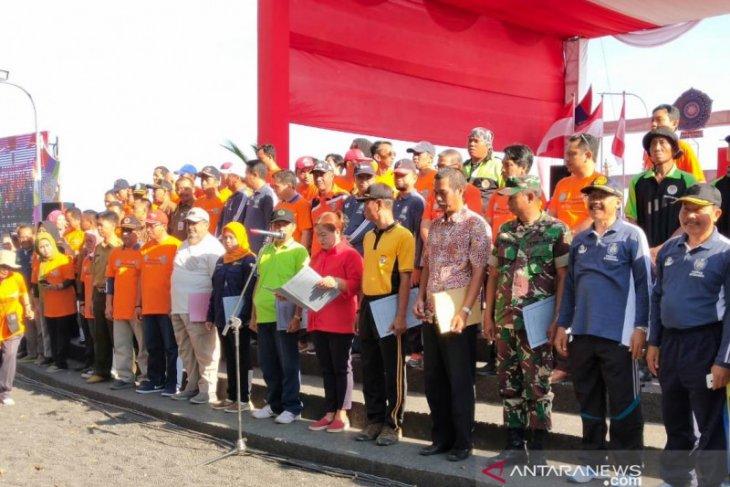 Seratusan masyarakat Situbondo deklarasi dan ikrar gotong royong