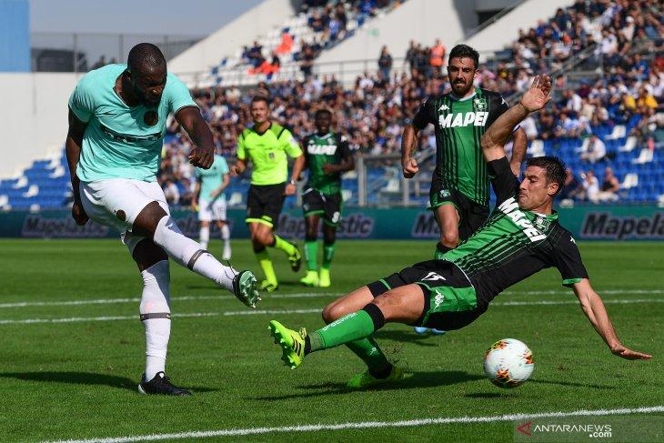 Inter rapatkan jarak dengan Juventus