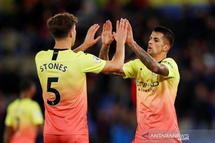 Hasil dan klasemen Liga Inggris: Man City pangkas jarak dari Liverpool