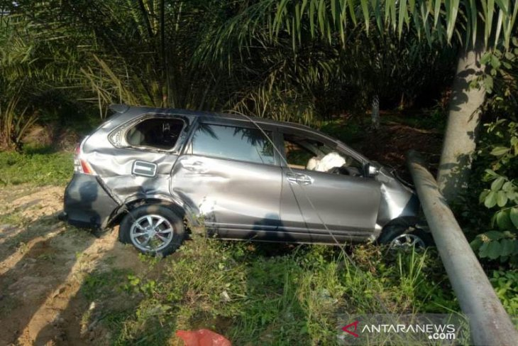 Lakalantas Avanza kontra motor di Aceh Timur, satu tewas