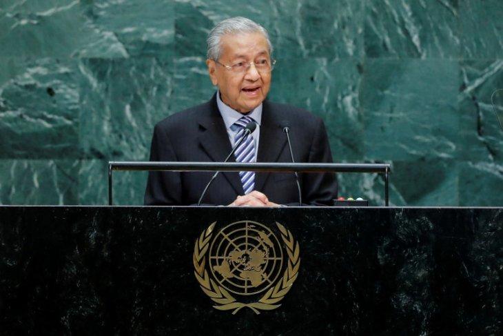 Mahathir mengingatkan kemungkinan sanksi dagang terhadap Malaysia