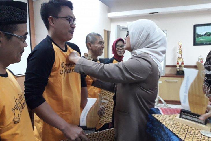 Majukan pariwisata, Pemprov Banten berikan penghargaan pelaku wisata dan ekonomi kreatif
