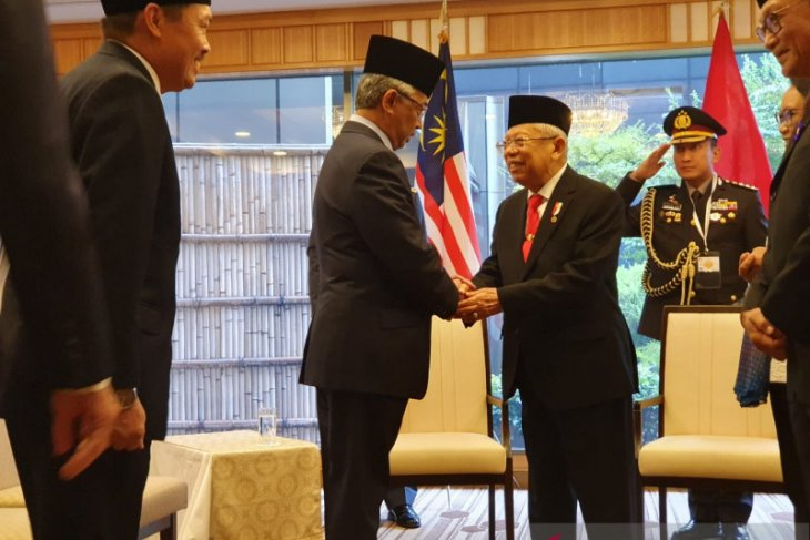 VP Amin, Malaysian King discuss endeavors to fight radicalism