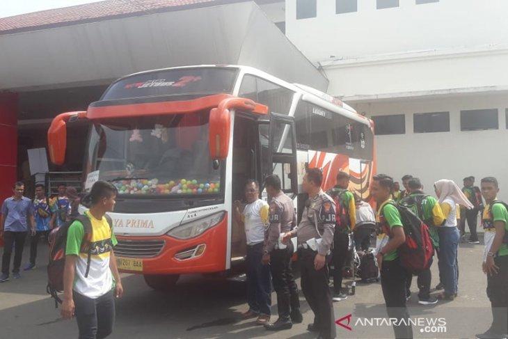 Lima tim sepak bola Porwil tiba di Bengkulu