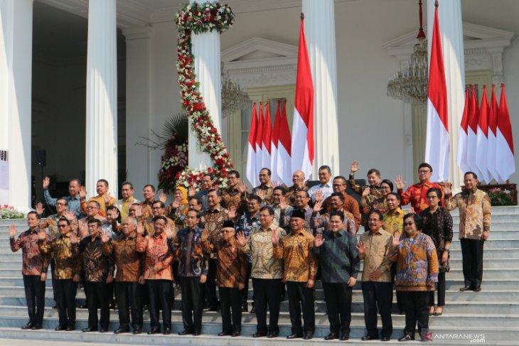 Presiden Jokowi pesan ke menteri Kabinet Indonesia Maju: Jangan korupsi