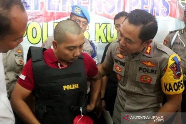Tipu korbannya Rp99,17 juta, polisi gadungan ini akhirnya ditangkap polisi