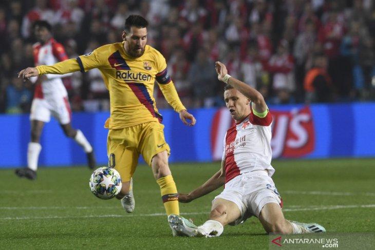 Liga Champions  - Messi ukir rekor baru saat Barcelona taklukkan Slavia