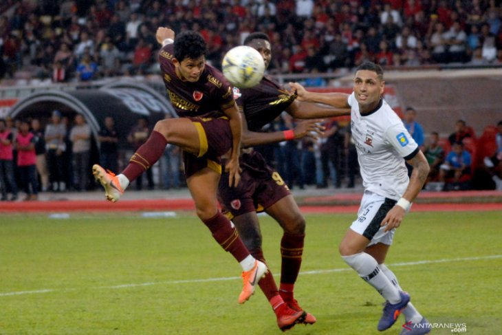Hasil Liga 1: PSM vs Madura United, gol penalti menangkan