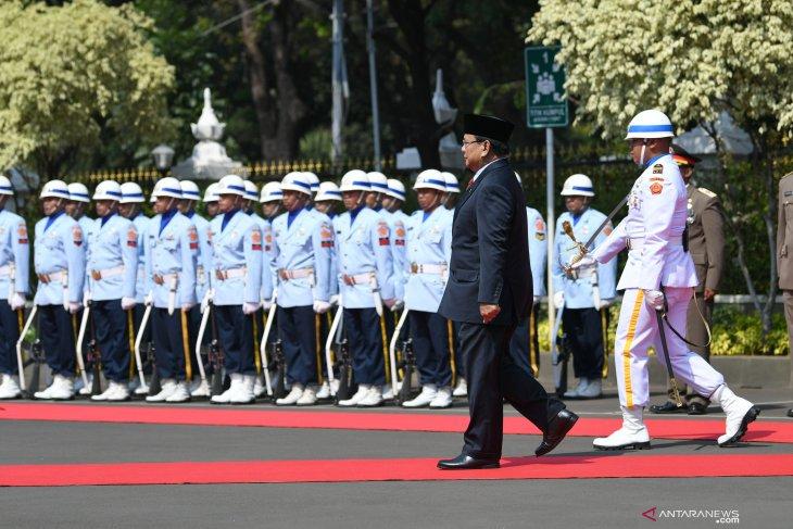 Prabowo masuk kabinet, peneliti sebut besar maslahat ketimbang mudharatnya