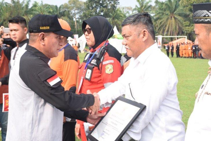 Pemkab Deliserdang terima penghargaan Kesiapsiagaan Bencana  Daerah