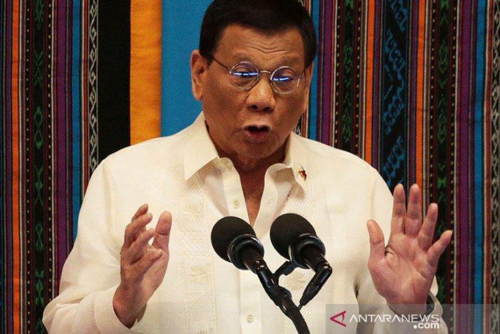 Duterte katakan akan larang e-rokok