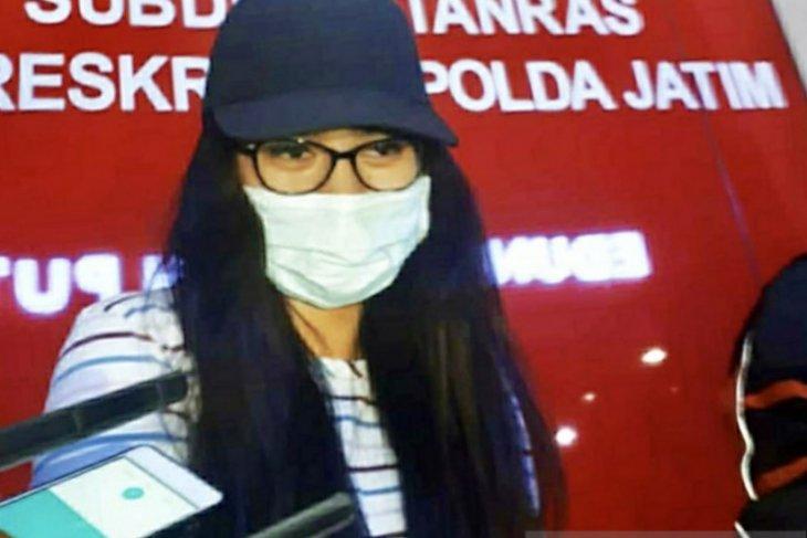 Tersangkut prostitusi, mantan finalis Puteri Pariwisata minta maaf