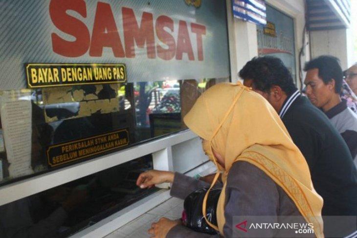 Pendapatan pajak kendaraan Bangka Tengah mencapai Rp47,9 miliar