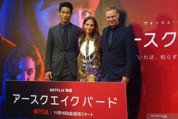 Alicia Vikander selami budaya Jepang untuk film Earthquake Bird