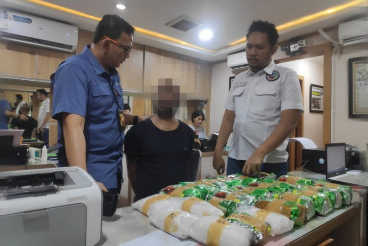 23kg crystal meth seized from Jakarta shopping mall