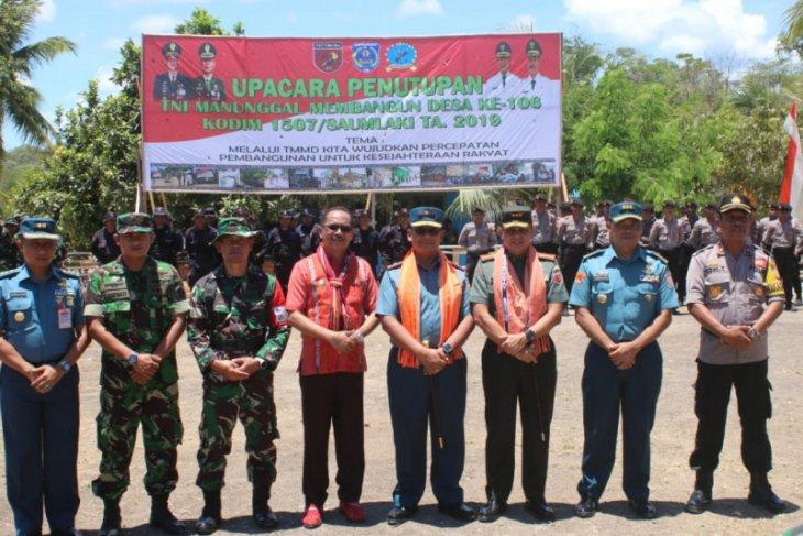Danlantamal IXAmbon tutup TMMD di Tanimbar Selatan