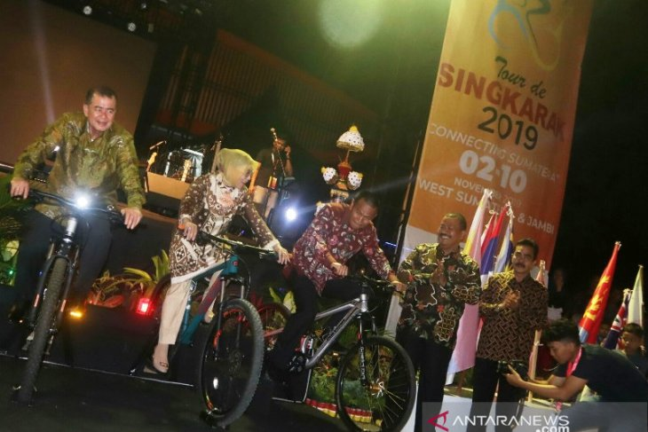 Pebalap dari 24 negara berlaga di Tour de Singkarak 2019