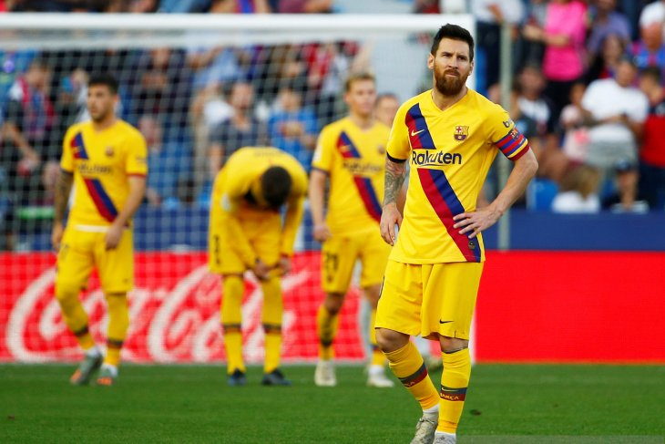 Liga Spanyol, Levante tundukkan Barcelona 3-1