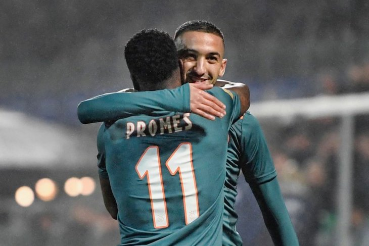 Ajax kokoh di puncak Liga Belanda