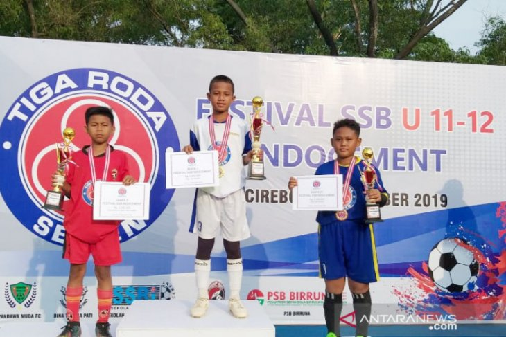 PSB Birruna Cirebon jadi juara Festival Sekolah Sepak Bola Indocement