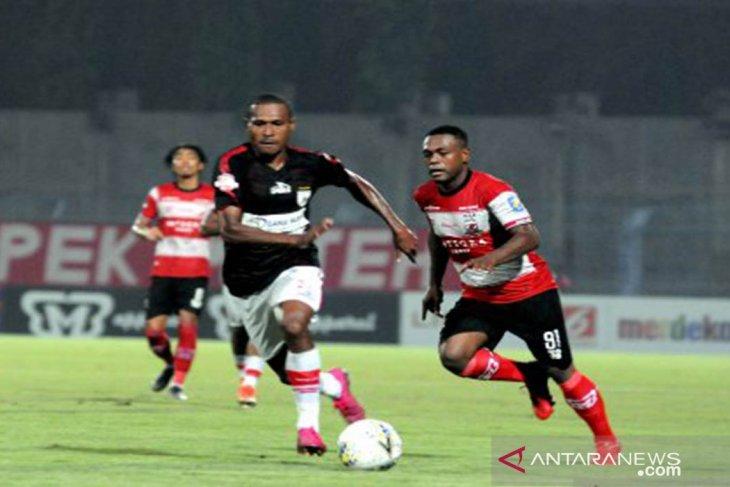 Hasil Liga 1: Madura United tersungkur di kandang, kalah dari Persipura