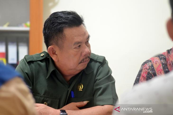 BK DPRD Gorontalo Utara imbau anggota tidak pakai celana jins