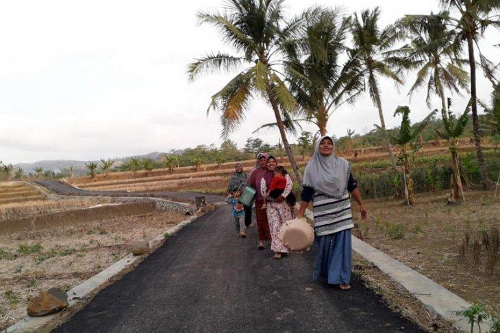 Kemendes PDTT Pembangunan jalan tingkatkan desa tertinggal
