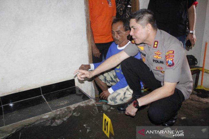 Polisi ungkap motif pembunuhan Surono yang mayatnya dicor di bawah lantai mushalla